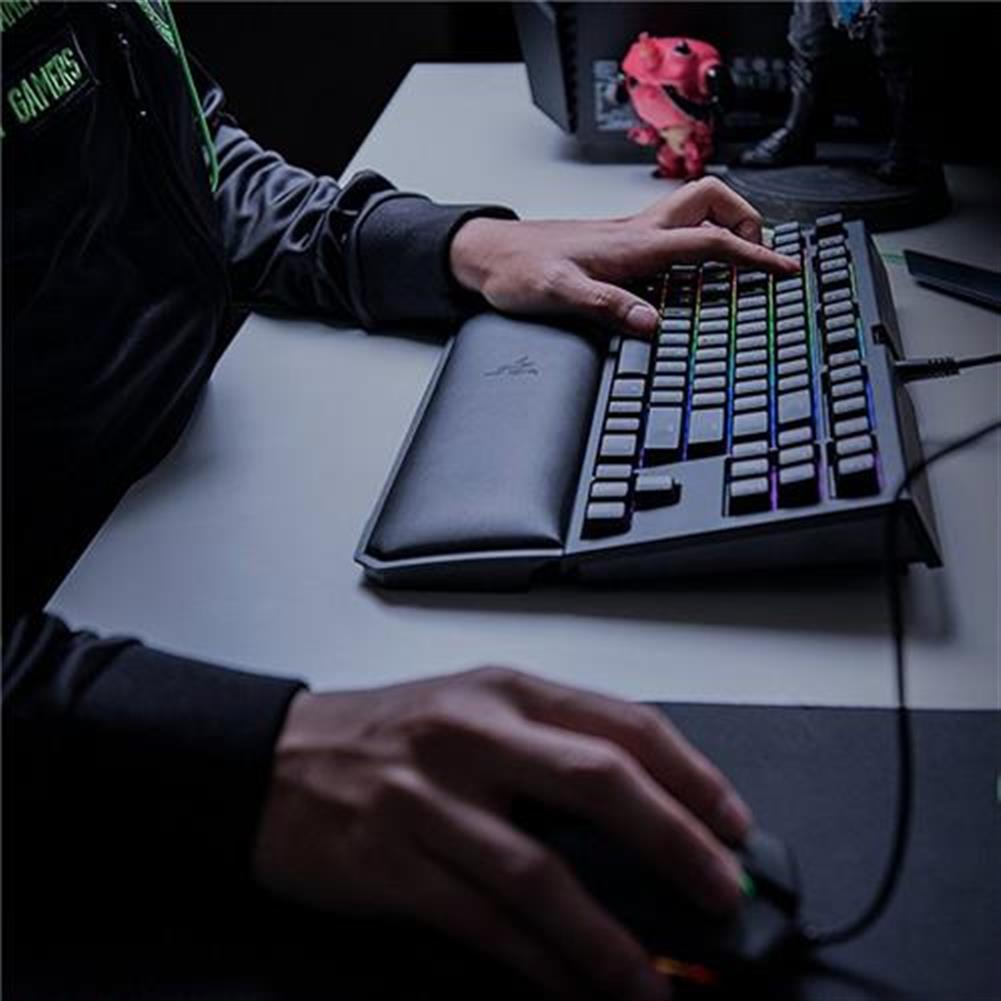 wired-keyboards Razer BlackWidow Tournament Edition Chroma V2 Wired Mechanical Gaming Keyboard RGB Tactile Clicky Razer Green Switches With Wrist Rest - Black Razer BlackWidow Tournament Edition Chroma V2 Wired Mechanical Gaming Keyboard RGB Tactile Clicky Razer Green Switches With Wrist Rest Black 4