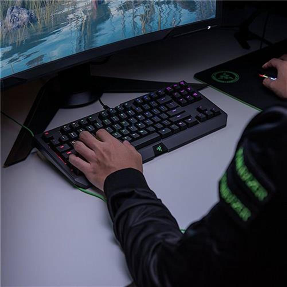 wired-keyboards Razer BlackWidow Tournament Edition Chroma V2 Wired Mechanical Gaming Keyboard RGB Tactile Clicky Razer Green Switches With Wrist Rest - Black Razer BlackWidow Tournament Edition Chroma V2 Wired Mechanical Gaming Keyboard RGB Tactile Clicky Razer Green Switches With Wrist Rest Black 5
